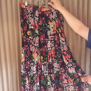 Dresses & Skirts - Women's Bohemian Hippie Coachella style skirt